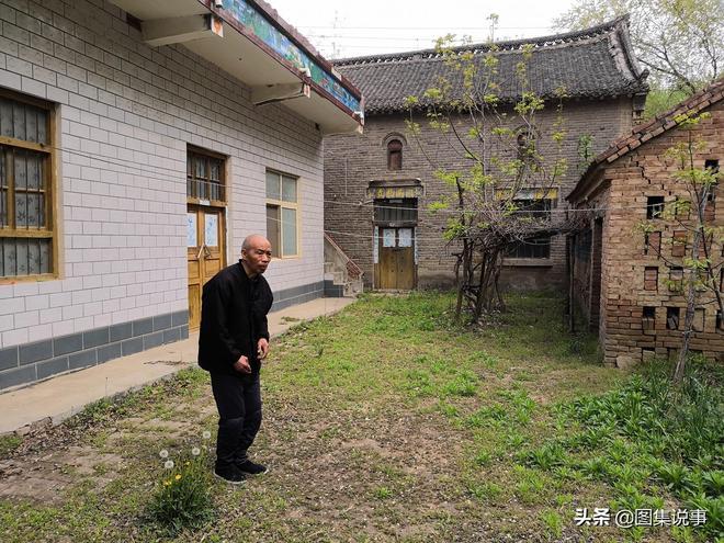 近70歲的老人城裡照看孫子,三年後回農村老家,第一件事是幹啥?