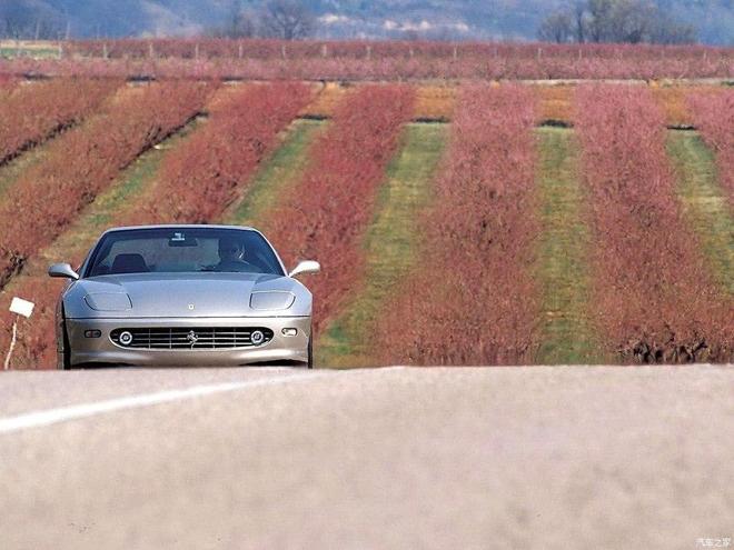 汽車圖集:法拉利 456