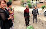 四川姑娘18歲逃荒到夏縣,嫁到山溝60年沒有出去,如今生活成啥樣