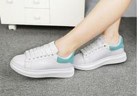 小白鞋汙漬發黃難清洗?教你4個妙招清洗白鞋,鞋子發黃輕鬆洗白