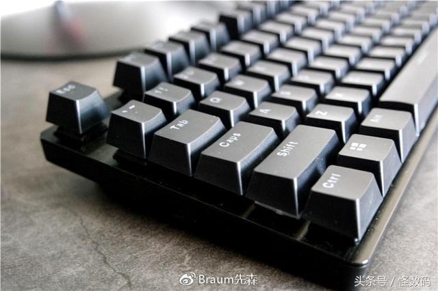 原廠血統 Cherry軸雷柏V805機械鍵盤評測