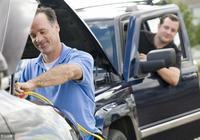 建議大家:不管你開什麼車,排氣管用個小技巧,可以延長汽車壽命