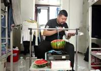 """大學生宿舍偷偷煮飯的方式,電飯鍋是初級,校長:年年有""""人才"""""""
