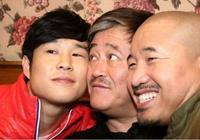 他曾是趙本山弟子,後投靠潘長江走紅,今20歲女兒美貌不輸球球