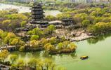 濟南被稱之為泉城,不知大明湖畔的夏雨荷是真的假的,還在不在了