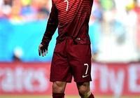 有人說C羅四屆世界盃淘汰賽0進球,在國家隊進球超過了尤比西奧,你怎麼看?你如何評價這兩位球員?