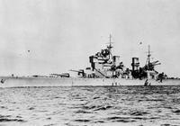 本是威懾卻遭打臉,因首相的自以為是,兩艘戰艦落得個比胡德號還慘的下場