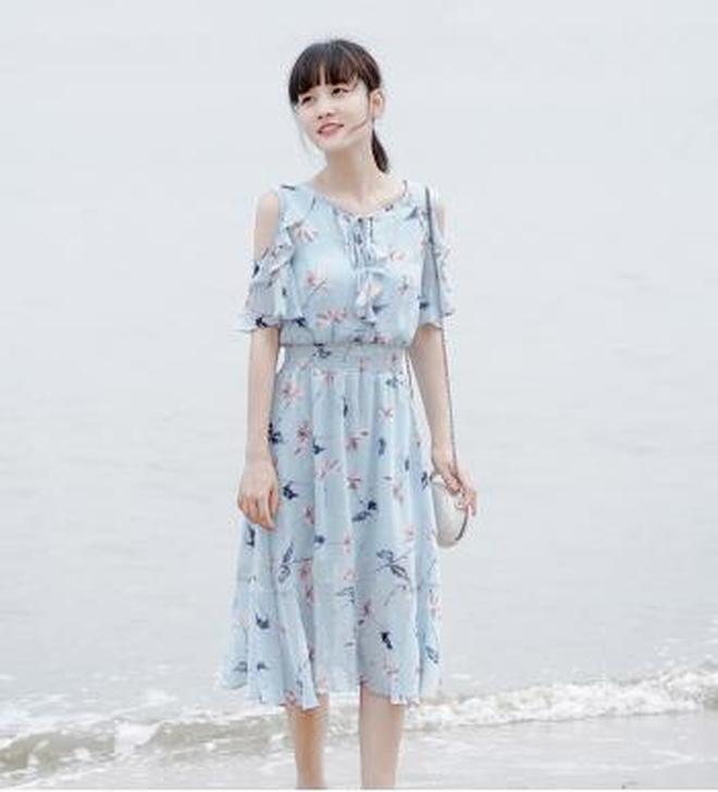 民族風刺繡裙子女夏2017新款氣質a字鏤空白色蕾絲連衣裙