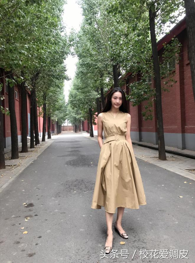 北京舞蹈學院,中國民族民間舞系,93年,身高168cm,體重51kg
