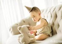寶寶馬上十一個月了老是吃夜奶,應該什麼時候戒掉啊?怎樣戒啊!麻煩各位大神指點一下?