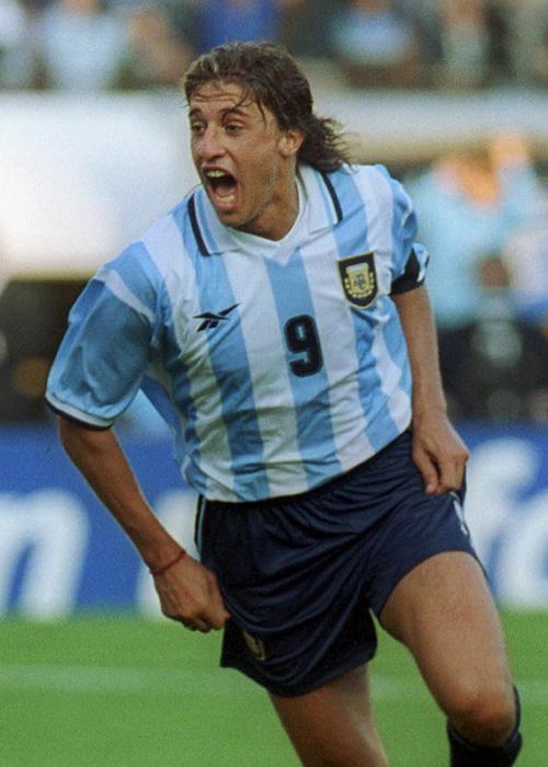"""阿根廷的流浪前鋒,""""小巴爾達諾""""克雷斯波"""