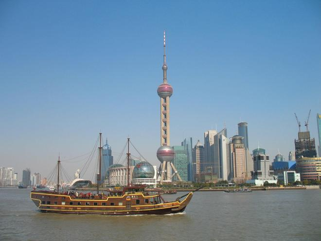 攝影圖集:寧靜的上海—不寧靜的夜!