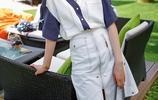 和《歡樂頌》中的關關不同,喬欣的衣品秒殺全場,看她是怎麼穿的