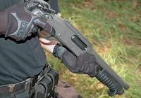 被霰彈槍打中是什麼樣子的?