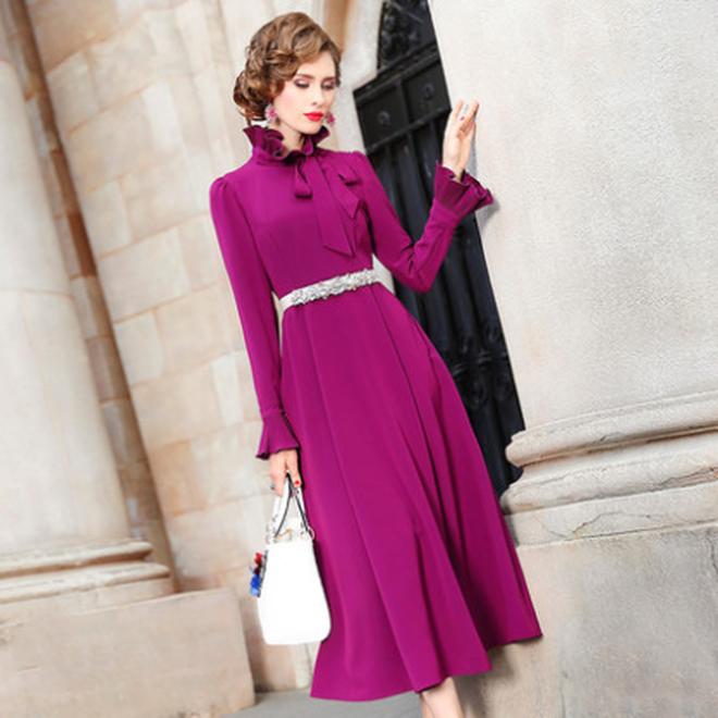 適合70後穿的冬裙,也叫闊太毛衣裙,出門搭裸靴穿,暖美又迷人