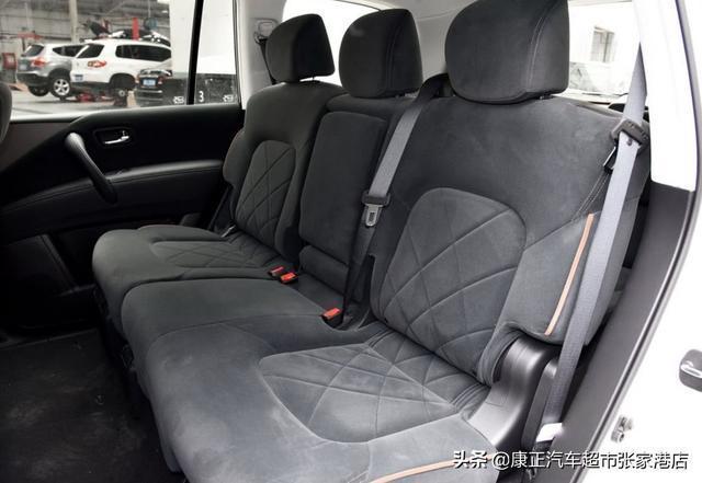 最便宜的大型SUV,全時四驅+兩把鎖+冰箱,5米1看啥普拉多