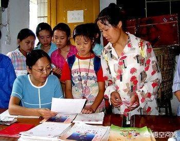 農村很多父母為了孩子學習,都去學校周圍陪讀,你怎麼看待這種現象?