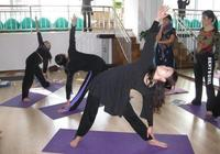 瘦腿瑜伽體式打造夏日美腿