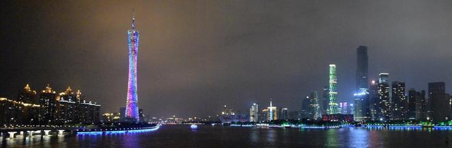 珠江夜景,來了真的捨不得走,確實是中國最美的夜景之一了