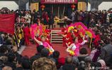中國第一大姓氏,五千年出了六十多位帝王,續家譜萬人同吃一鍋飯