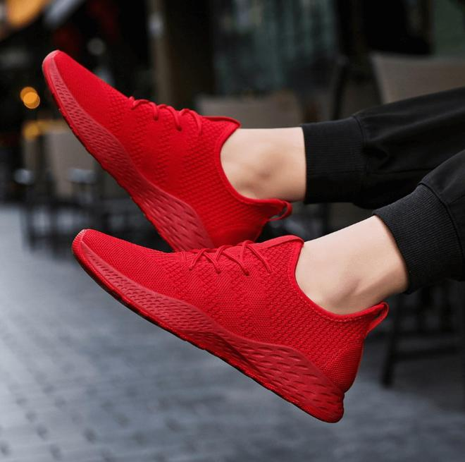 """新出""""軟底皮鞋"""",也叫:皮運動鞋!不悶不臭,利落有面"""