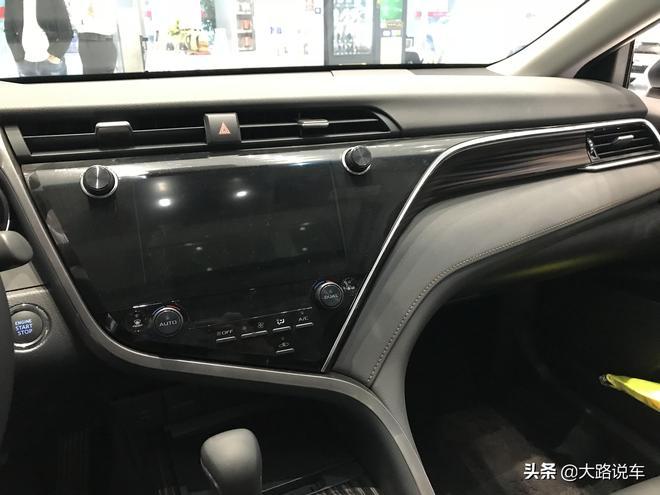 大路探店實拍:豐田凱美瑞前所未有的駕乘體驗 17.98萬起值得買嗎