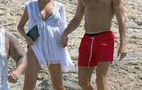 C羅赤膊度假晒秀完美腱子肉 陪懷孕女友海邊散步