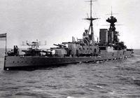 """德國艦隊突遭英國鉅艦""""胡德""""號攔截,俾斯麥號該如何迎戰?"""