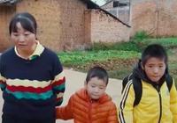 """變形計:心酸!農村媽沒錢看病,卻為城市娃搭建""""豪華""""廁所"""