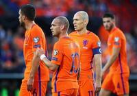 荷蘭足球不同於匈牙利足球,他們的衰敗更多是人禍