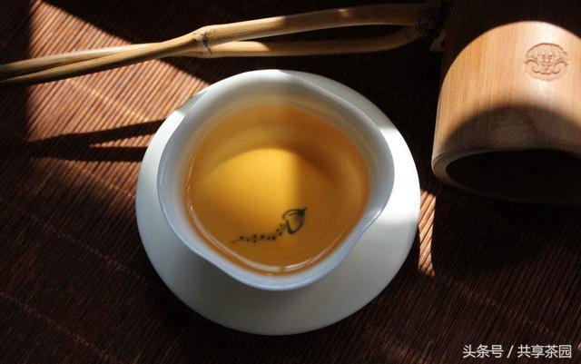 有一種情懷清澈如水,有一種人生清淡如茶