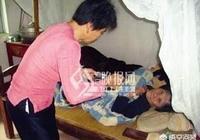 李叔和張姨同居快二十年,李叔中風臥床三年後去世,李叔的兒子有贍養張姨的義務嗎?