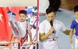 楊威夫婦攜兒子楊陽助陣體操活動 楊陽首次亮相 獲得跳馬第三名