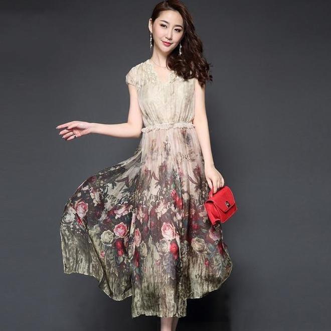 輕奢小調,真絲刺繡裙,人氣熱賣