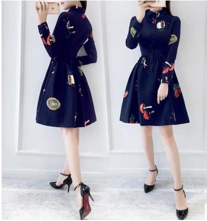 秋季新款修身印花連衣裙,長袖中長款氣質a字裙潮流