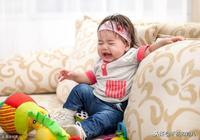 """寶寶有這5個徵兆就是要出牙了,家長一定收好""""萌牙期""""護理建議"""