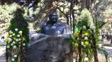 實拍餘秋裡將軍墓,99年去世葬於八寶山,塑像一段話令人肅然起敬