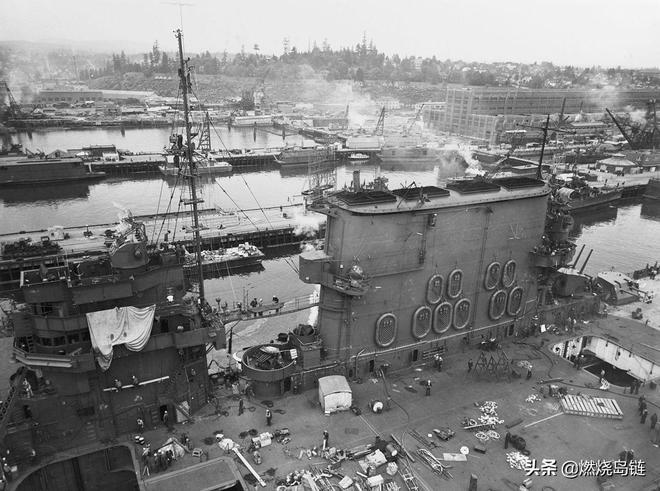 """由戰列巡洋艦改建而成的美國海軍""""列剋星敦""""級航空母艦"""