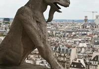 法國巴黎聖母院大火,已經燒燬了尖塔,對於人類文明成果總是毀於烈火的魔咒,你怎麼看?