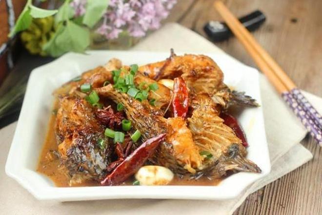 我做的魚家人吃了都誇讚,魚肉不腥還特別鮮美,做法簡單一看就會