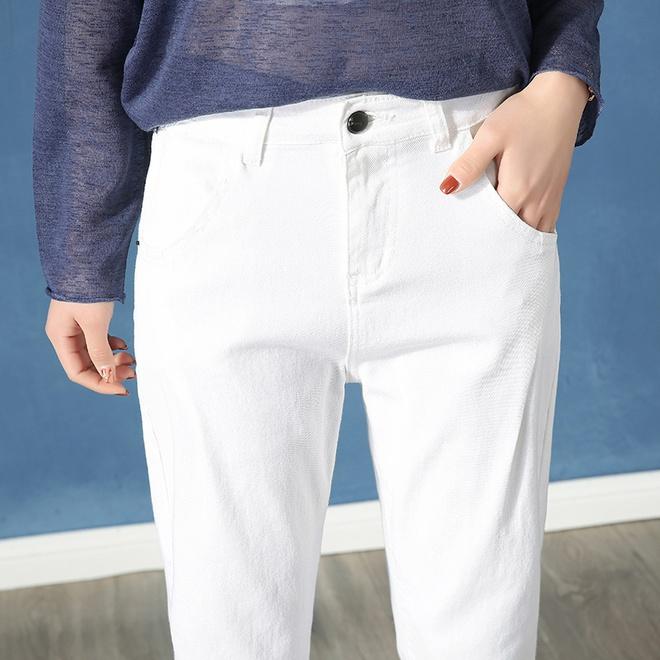 """運動褲不流行了!豬年流行這""""牛仔褲"""",洋氣減齡,穿出女神範"""