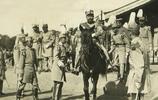 民國6年張勳復辟老照片:圖6是辮子軍激戰場景,圖9皇帝重登龍位