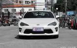 平民跑車——豐田AE86,賽車般的操縱感受,誰能不心動!