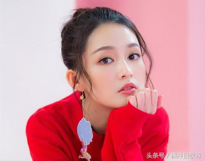 中國六大如百合般清純的女星,李沁鄭爽趙麗穎哪個才是第一位?