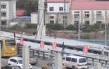 霽虹橋連接橋加緊架設橋樑,投用後當地將不再堵車,你怎麼看?