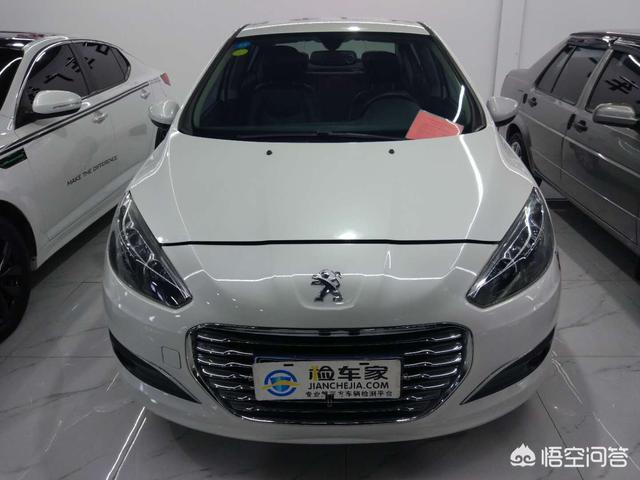 預算三萬到五萬,新車二手車都可以,車要大一點,拒絕QQ,polo,年限少,什麼好?
