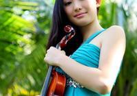 音樂學院的漂亮女孩,氣質非凡