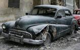 敘利亞老漢收藏多年的20輛老爺車,因為戰亂現如今已經成為廢鐵