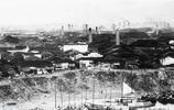 老照片:圖1是江西農村古老的灶臺,圖2景德鎮一望無際的窯廠!