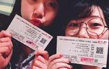 實拍:梁靜茹廣州演唱會美女粉絲們!